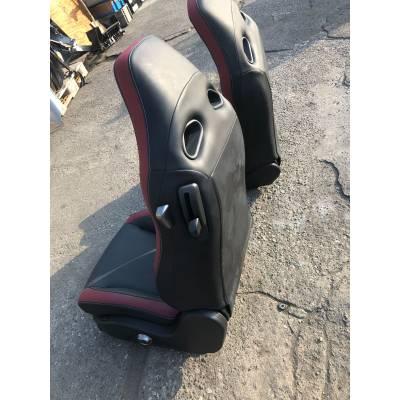 сидения для Nissan GTR R35 (08-17)  (2шт)