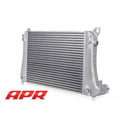 APR Интеркулер для Audi S3/ VW Golf 7R/GTI/ Skoda Octavia RS (2012+)