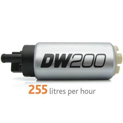DEATSCHWERKS Насос топливный DW200 (255л.ч) с установочным комплектом для SUBARU Impreza/ Forester (93-07)